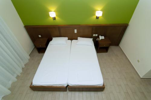 hotel-elina-karavostasi038