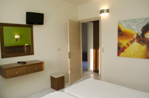 hotel-elina-karavostasi075