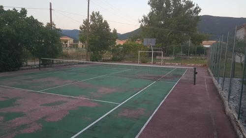 elina-tennis1
