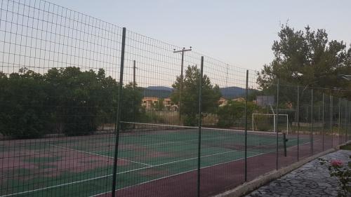 elina-tennis2